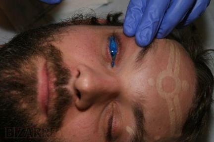 Premier tatouage des yeux au monde_1