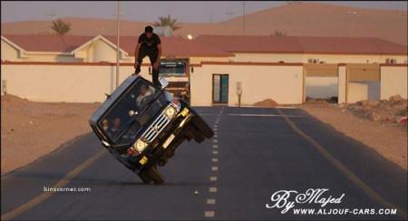 04 - Ca n'arrive que sur les routes d'Arabie Saoudite