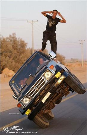 07 - Ca n'arrive que sur les routes d'Arabie Saoudite