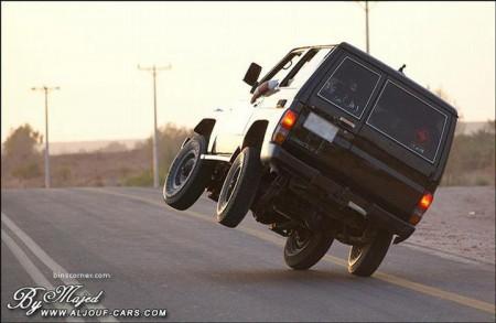 09 - Ca n'arrive que sur les routes d'Arabie Saoudite