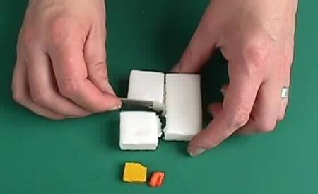 01 - La plus petite orange au monde faite par l'homme