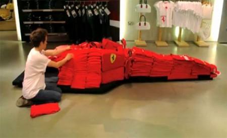 04 - Ferrari F1 fait de vêtement
